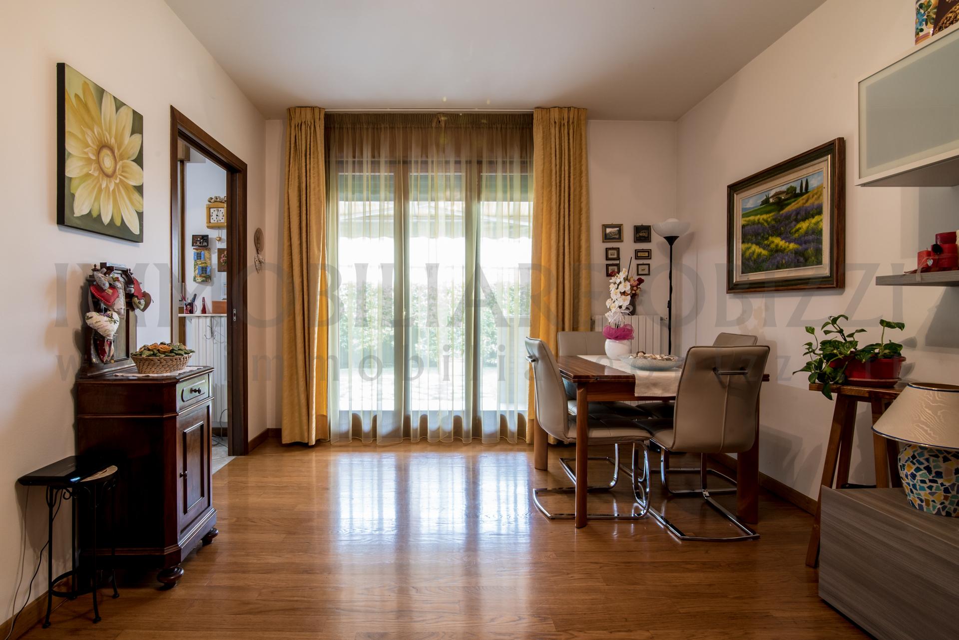 MASERA' DI PADOVA – tre camere con ampio giardino esclusivo –
