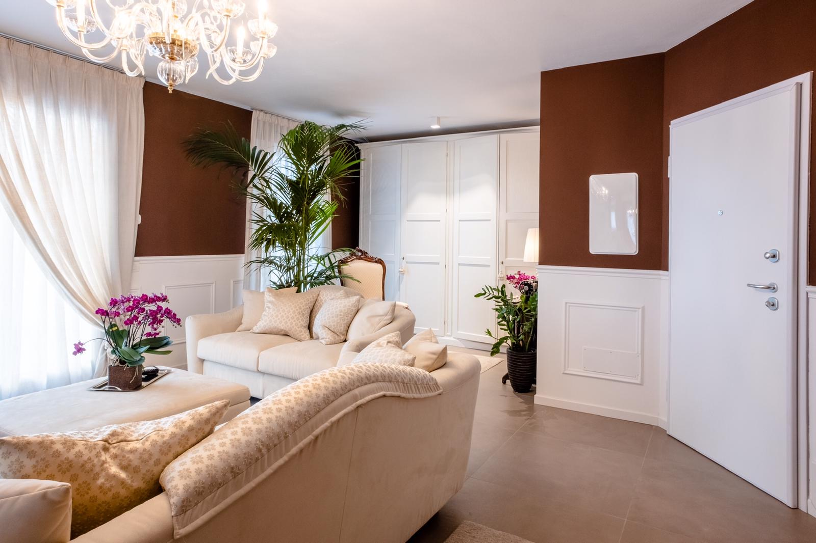 SAN GIACOMO – appartamento al secondo ed ultimo piano dalle finiture ricercate
