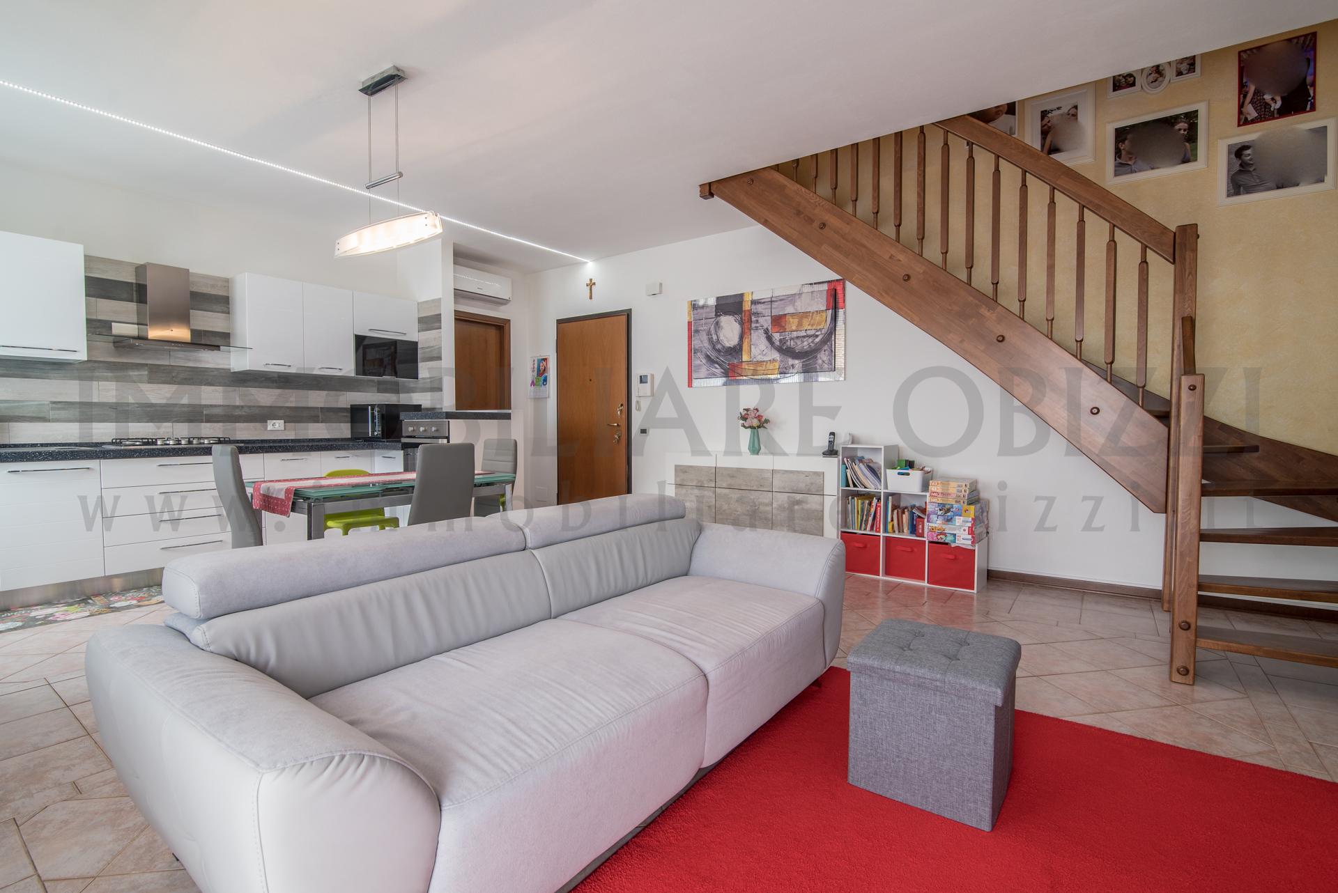 ALBIGNASEGO – Ampio Appartamento su Due Livelli –