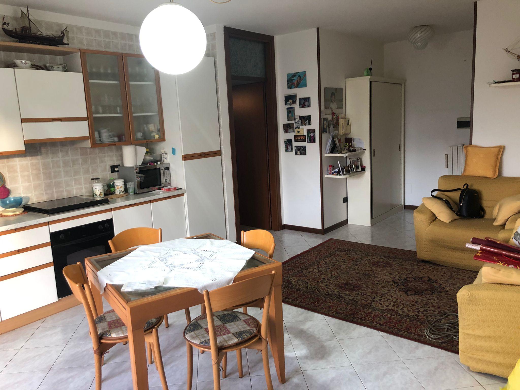 ALBIGNASEGO – SAN LORENZO, appartamento con due camere servito da ascensore